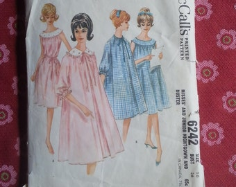 Vintage Mccall's Sewing Pattern 6242 Misses and Junior Nightgown & Duster - 1960's