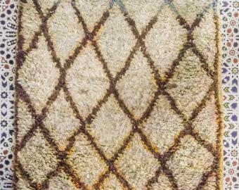 azilal rug vintage rug, moroccan rug,  berberrug, carpet, azilal, berber teppich C32