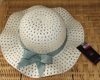 gingham green summer hat