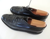 Mens vintage Florsheim Imperial Long Wingtips size 9.5 B