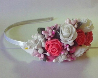 the headband with roses