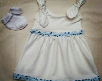 Girls tie shoulder summer dress. 0-3 months.