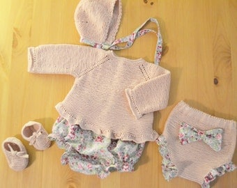 Set of jersey, hood, booties and two cubrepanales