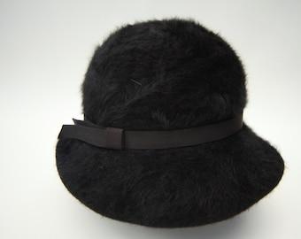 VINTAGE KANGOL HAT   1960s Black wool angora. Made in England