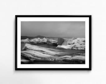 Jökulsárlón / Iceland / Black and White / Travel / Arctic