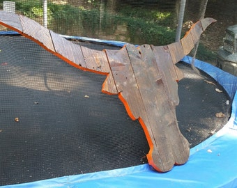 University of Texas Longhorns Wooden Pallet Hand Painted/Stained Logo