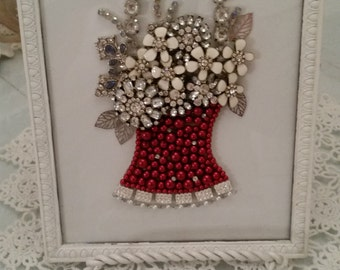 Vintage  Jewelry Red Floral Basket Picture
