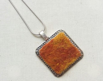 Wool and silver necklace