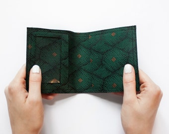 Wallet (green)