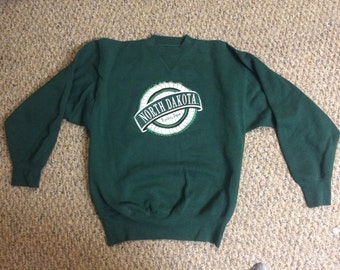 Vintage University of North Dakota Fighting Sioux Crewneck Sweatshirt