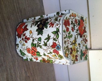Vintage Daher Floral Hinged Lid Tin Container Made in England
