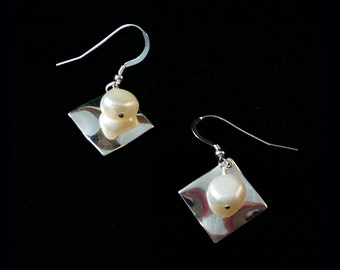 White Freshwater Pearl and Silver Squares Earrings