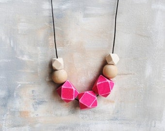 Shabby Geometric Necklace, Boho necklace, Statement Necklace, Bohemian Jewelry, Handmade necklace, Wooden necklace Fuschia