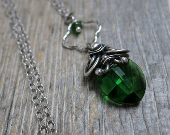 Iulius necklace ... sterling and fine silver / wire wrapped / emerald Swarovski leaf
