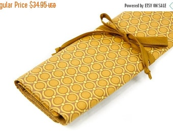 Sale 25% OFF Large Knitting Needle Case Organizer - Modern Meadow - 30 tan pockets for all sizes or paint brushes