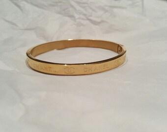 Gold Metal Love bangle Bracelet