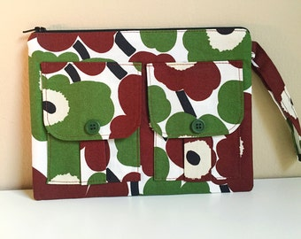 Wristlet Wallet Flower Power Olive and Brown, Wallet Wristlet, Floral Wallet, Wristlet Purse, Zipper Wallet, Zipper Pouch, Dorothy Wristlet