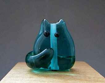 Beach Glass Handmade Lampwork Cat Bead - Ricardo Itty Bitty FatCat