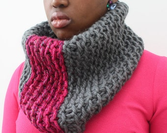 Wool cowl, Grey and Pink neckwarmer, Grey and Shocking Pink, Wool Scarf, Chunky knit snood, Winter cowl, Merino wool scarf, girlfriend gift