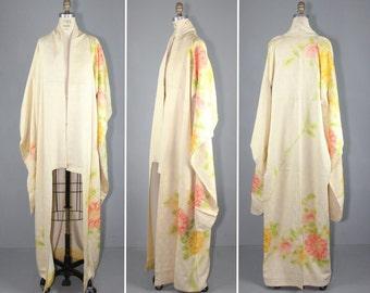 silk robe / vintage kimono / furisode / CREME ROSE silk kimono