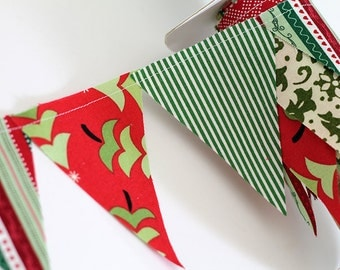 Christmas party mini pennant flags. Wedding Bunting, party decoration. Polkadot fabric sewn flag banner. Christmas card Photo prop.