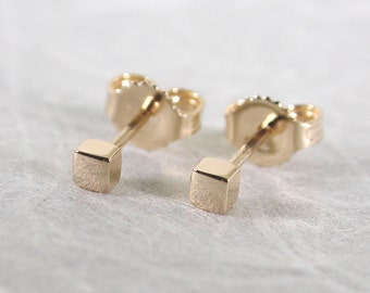 2.5mm Square Studs Solid 14k Gold Earrings Modern Gold Studs by SARANTOS