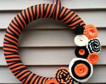 Halloween Wreath - Black and Orange Striped Fabric with Felt Flowers - Autumn Wreath - Fall Wreath - Fabric Wreath - Felt Flower Wreath
