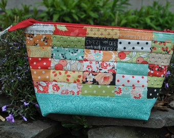 Patchwork Fabric Zipper Pouch, cosmetic bag, mini charm and scrap friendly, Creatively Yours Zipper Pouch