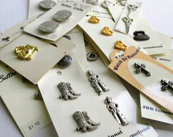 Vintage Buttons - Metal Buttons - Sewing Notions - Supplies - DIY Crafts - Skank Buttons - Decorative Buttons - ThankfulRoseHome -