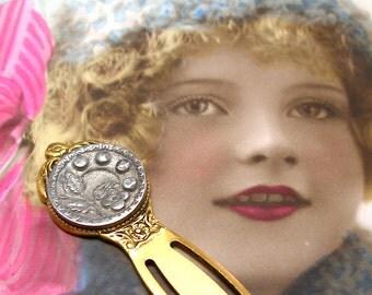 Antique BUTTON bookmark, Victorian Flower on gold, present gift.