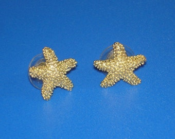 Vintage Textured Gold Starfish Earrings Beach Jewelry