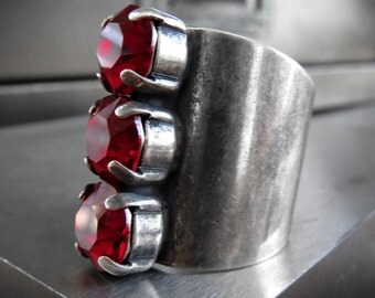 Tomboy Trio Crystal Ring in Blood Red, Antiqued Silver Crystal Ring, Red Siam Swarovski Crystal Modern Oxidized Silver Adjustable Ring