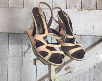 1940s biege heels 40s bone shoes size 5 strappy heels vintage sandals