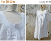 SUMMER SALES Vintage French Edwardian 1900 pure linen dress underdress handmade embroiderys at the neckline  size S/M/L