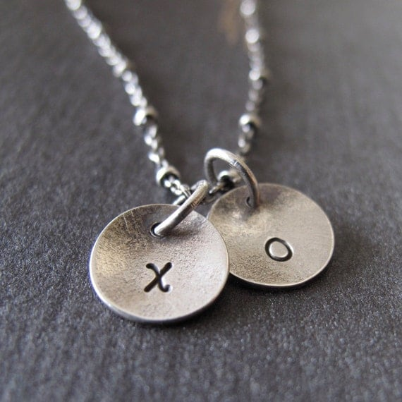 hug and kiss necklace - xo i love you personalized for your love