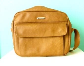 1970's Samsonite Cordoba Commuter Bag // Tan Vinyl // Like NEW // Zipper and Pockets // University Bag // Laptop