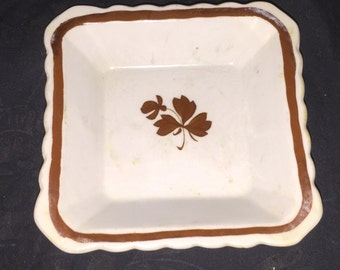 Antique Wedgwood Tea Leaf Scalloped Dish