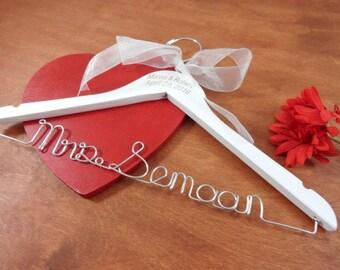 Wire Name Hanger Last Name Hangers Bride Coat Hangers Bridal Accessories Wedding Dress Hangers Personalized Hangers