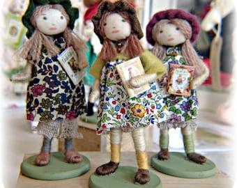 1950s style / vintage children / dollshouse / dolls/ figures