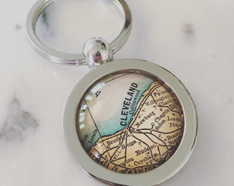 Cleveland Vintage Map Key Chain - Great Gift for Friends - CLE - Ohio - Midwest - Lake Erie