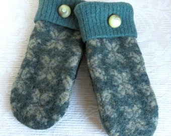 Repurposed Sweater Wool Mittens in Green and Tan, Adult Size