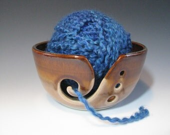 Knitting Bowl Yarn Bowl Ceramic Pottery in Brown Amber and Beige