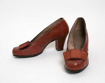 ON SALE Vintage 1940s Heels - Chocolate Brown Oxford Style - Odette Styles