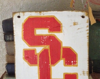 School College Spirit Vintage USC Sign University of Southern California Reclaimed Wood Sport TeAm Football Cheerleader almumni red gold