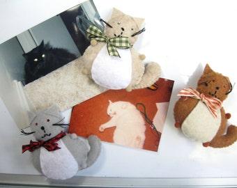 Cute cat magnet, Set of 2, Magnet pair, Felt magnets, Home decor, Fridge magnets, Office supplies, Cat lover gift, Cat art, For animal lover