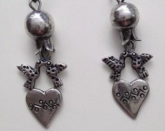 Sale Frida style earrings .Granadita, lovebirds and heart