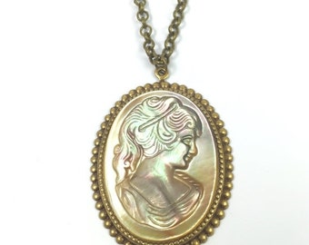 ON SALE Vintage Hand Carved Mother of Pearl Cameo Necklace