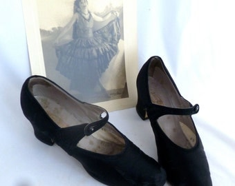 Flapper Party Shoes, black satin with strap, Krupp and Tuffly, costume footwear, 1920s heels, photo prop, Halloween costume, charleston wear