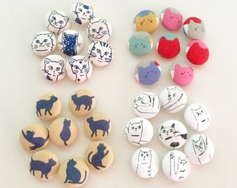 Set of 32 Fabric Buttons / Cat Print Fabric Covered Button