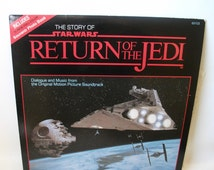 Vintage Story of Star Wars Return of the Jedi Record Album Mint Condition with souvenir photo book 1983